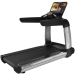 Цены на Life Fitness PCST Discover SE3 HD Вершина эволюции беговых дорожек Life Fitness. Премиальный дизайн в четырех цветовых вариациях,   идеальная эргономика,   длинное беговое полотно,   мощный двигатель и великолепная система амортизации. Беговая дорожка серии Pla